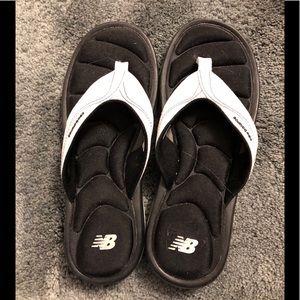 White Sz 7 New Balance Flip Flops-New